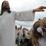 «Ιησούς της Σιβηρίας»: Στο φως τα μυστικά του Σεργκέι Τόροπ που προωθούσε τα ερωτικά τρίγωνα